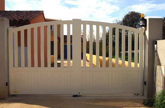 d pannage remplacement portail automatique sanary sur mer. Black Bedroom Furniture Sets. Home Design Ideas